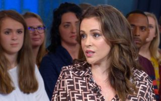 Alyssa Milano's long layers