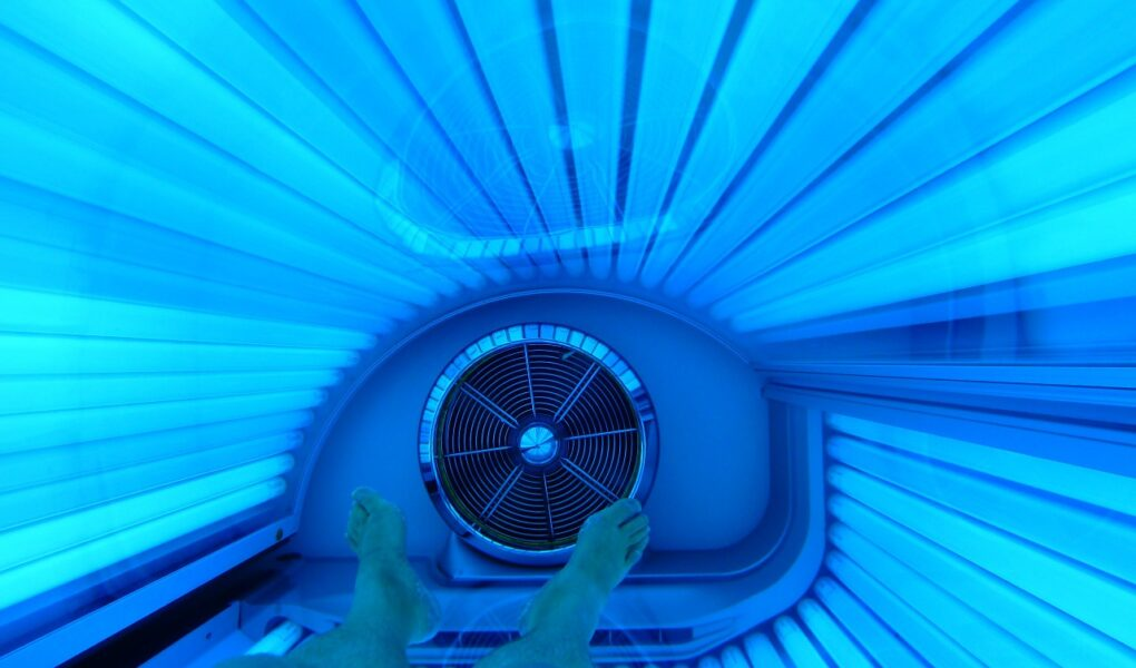 tanning bed 165167 1280
