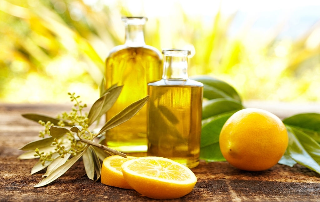 Natural Oils - How to Take Care of Dry 4c Hair